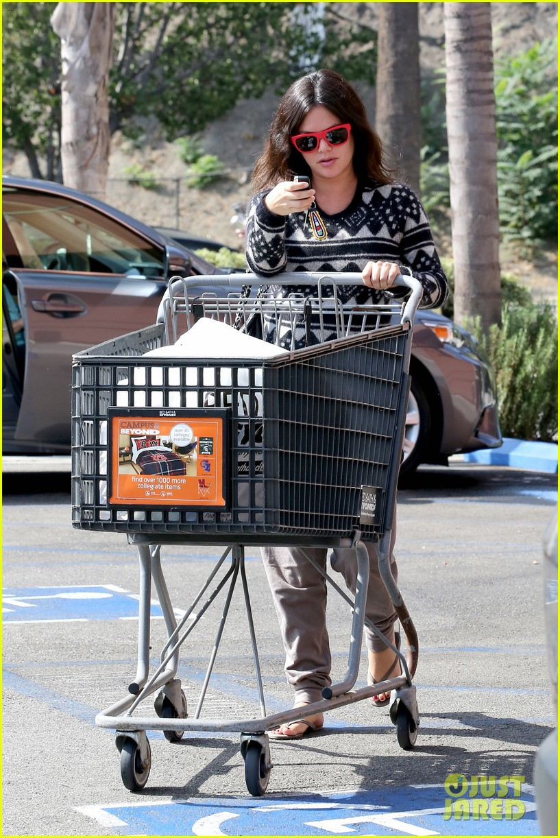 Baby bed and beyond - Pregnant Rachel Bilson Goes Bed Bath Beyond Before Baby S Birth Photo 3215798 Pregnant Celebrities Rachel Bilson Pictures Just Jared