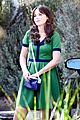 zooey deschanel goes green for new girl 01