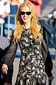 nicole kidman classy appeal attracts crowd at jimmy kimmel 02