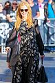 nicole kidman classy appeal attracts crowd at jimmy kimmel 13