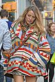 pregnant blake lively goes shopping for baby clothes 06