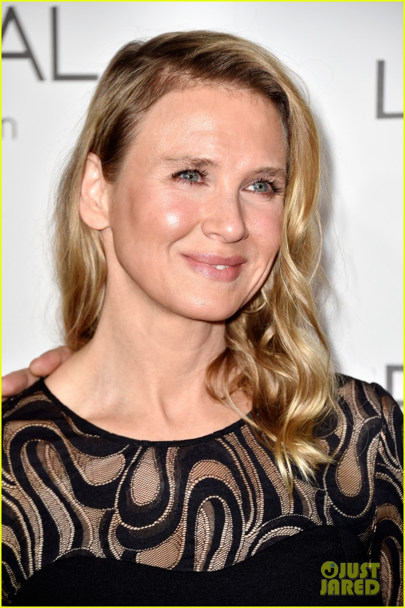 renee zellweger elle women in hollywood event with boyfriend 06