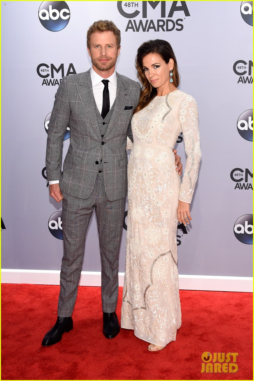 country routes news cma awards 2014 red carpet fashion. Cars Review. Best American Auto & Cars Review