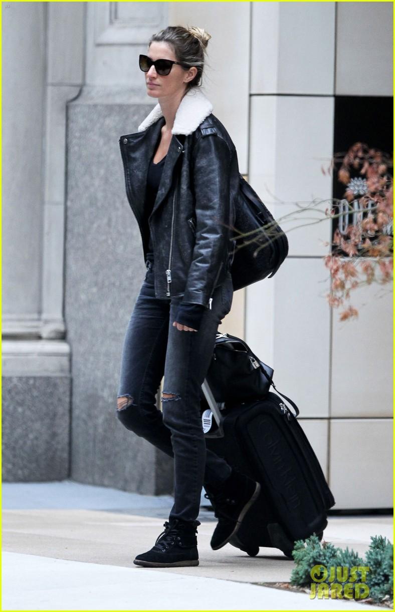 Full Sized Photo Of Gisele Bundchen Tom Bradys Nyc Mansion For Rent 05 Photo 3241081 Just Jared