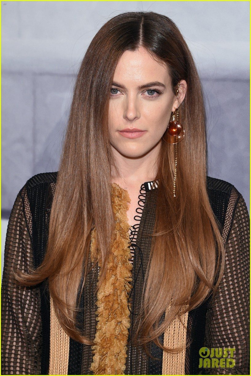riley keough hilary rhoda get glam for the whitney gala 083246216