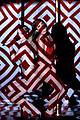 jennifer lopez iggy azalea booty performance amas 2014 10