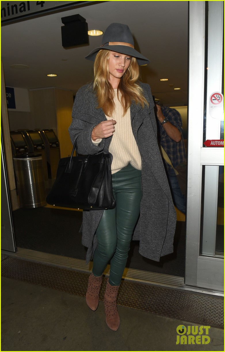 Rosie Huntington-Whiteley Knows How to Rock Green Leather Pants ...