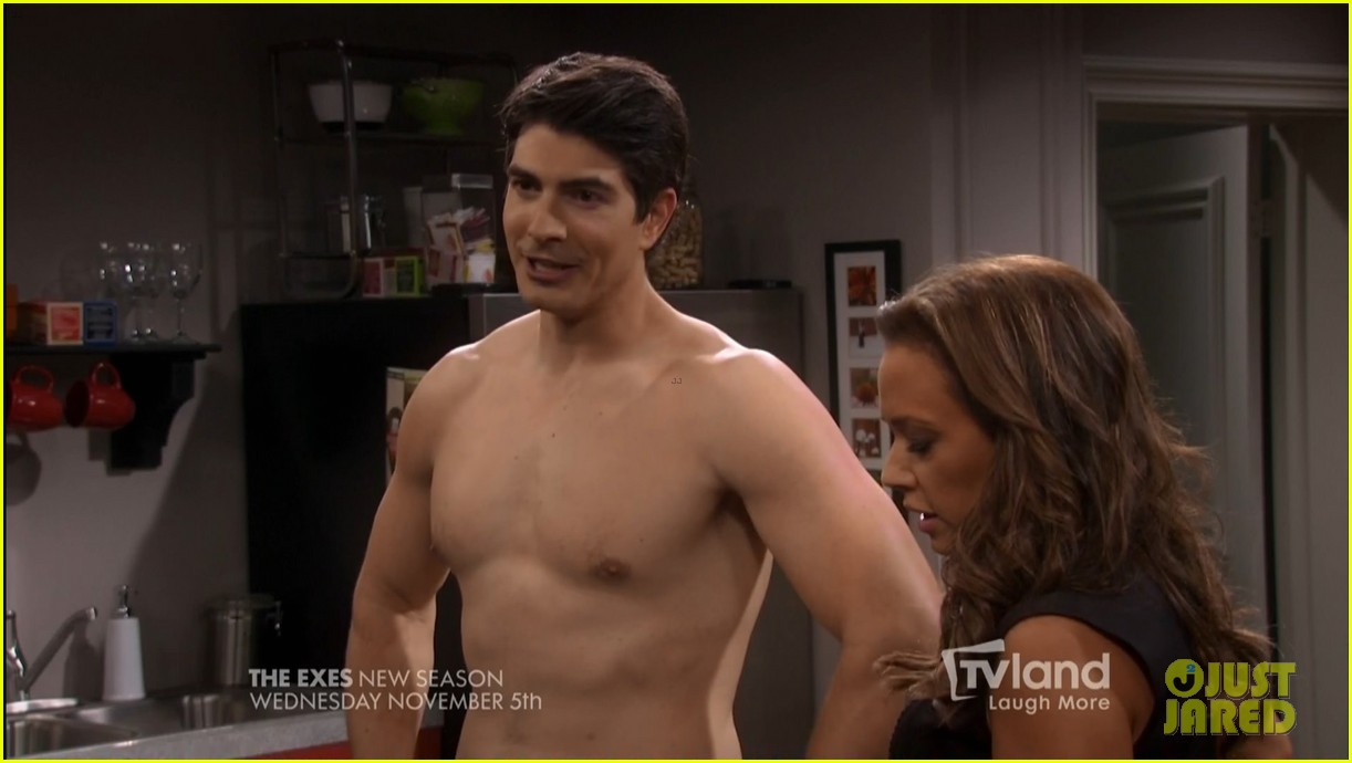 Brandon routh goes shirtless in tonight s the exes premiere photo