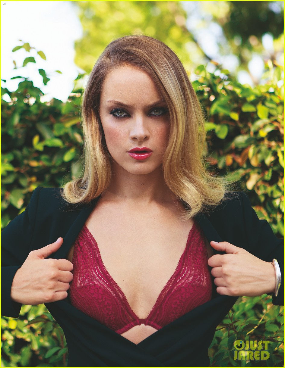 Fifty Shades of Grey's Rachel Skarsten Stuns in 'Da Man ...