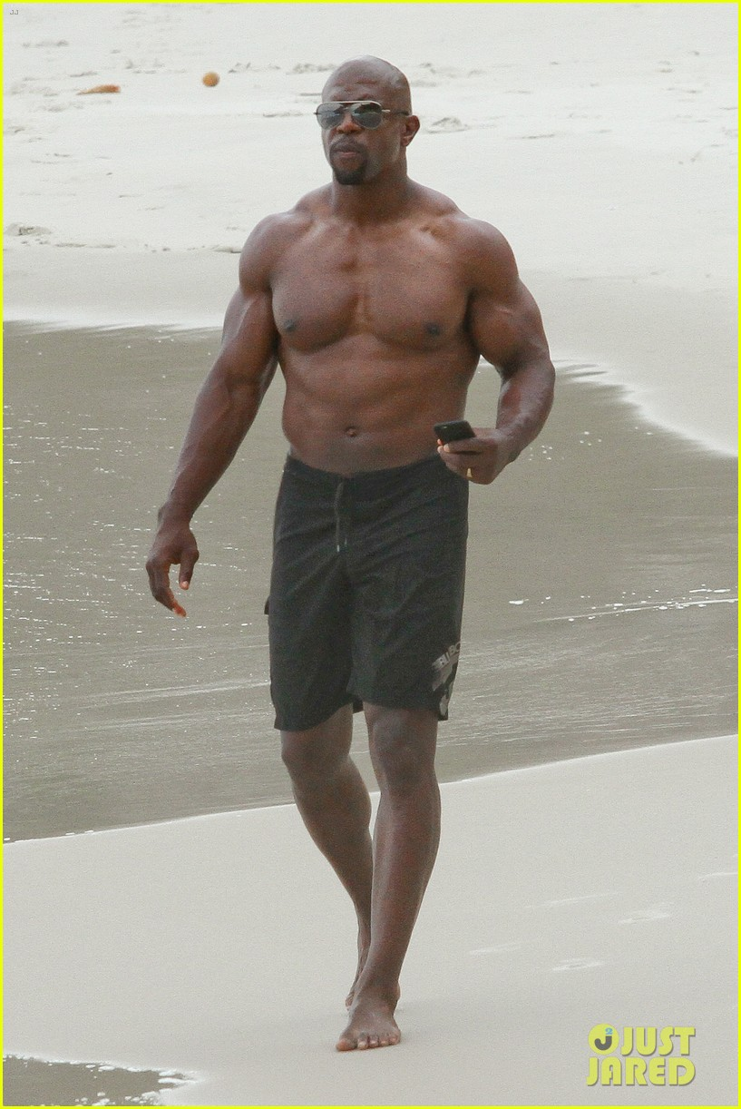 terry crews naked body