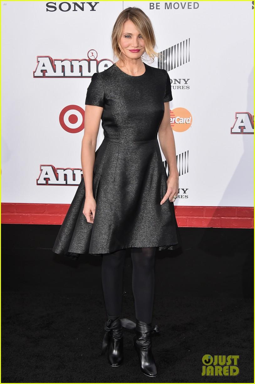 Annie 2014 Rose Byrne