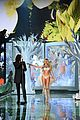 candice swanepoel lindsay ellingson victorias secret fashion show 2014 19
