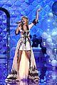 taylor swift victorias secret fashion show 2014 25