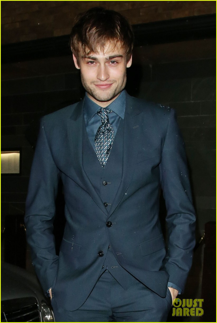 Full Sized Photo Of Douglas Booth David Gandy Gq Dinner 06 Photo 3279629 Just Jared