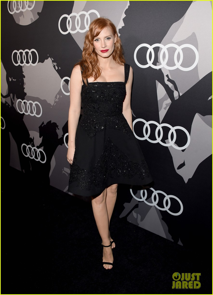 jessica chastain audi golden globes 2015 party 013275537
