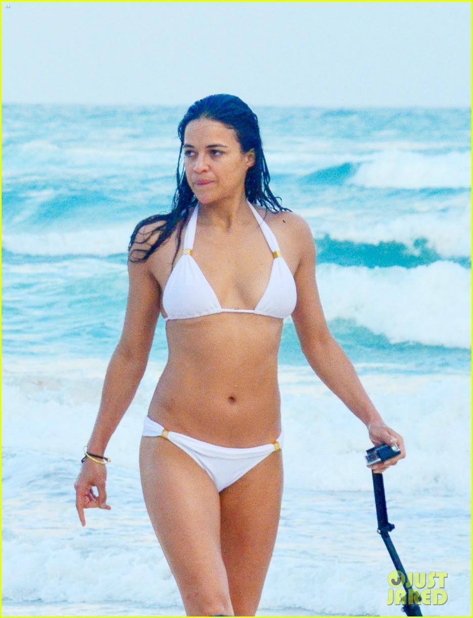 Michelle Rodriguez Bikini Bodies Pic 16 of 35
