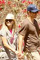 reese witherspoon ex jake gyllenhaal shared a sweet moment golden globes 04