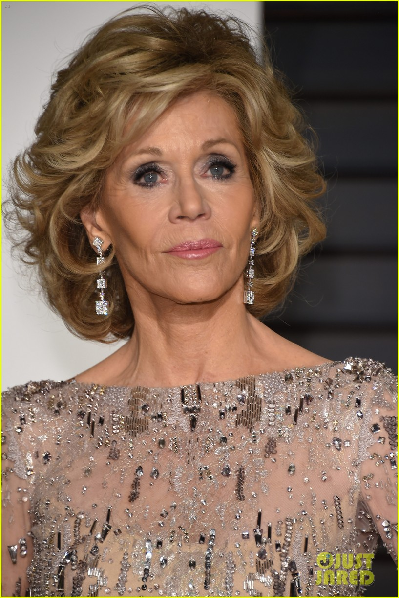 Jane Fonda Looks Amazing at Age 77 - See Her Oscars 2015