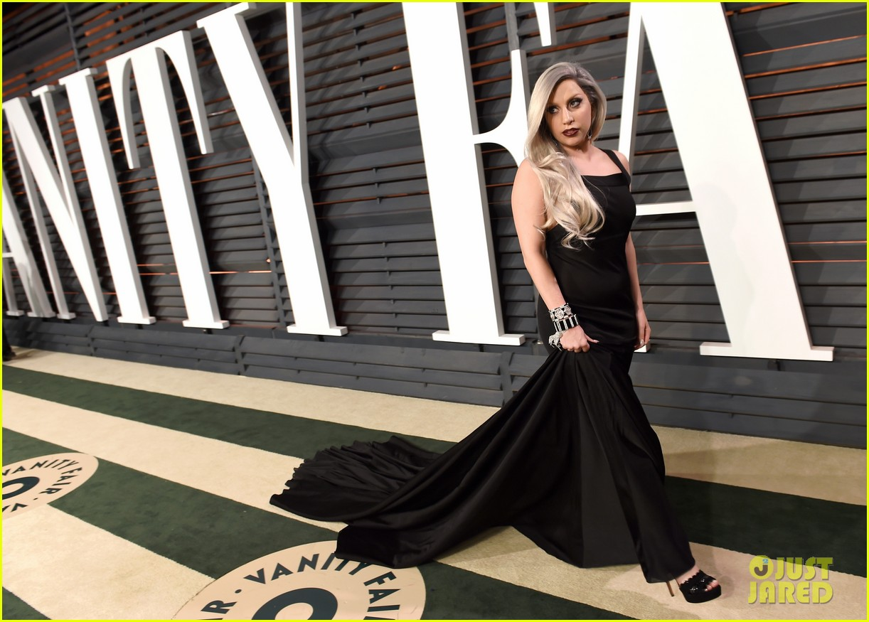 lady gaga vanity fair oscar 2015 06