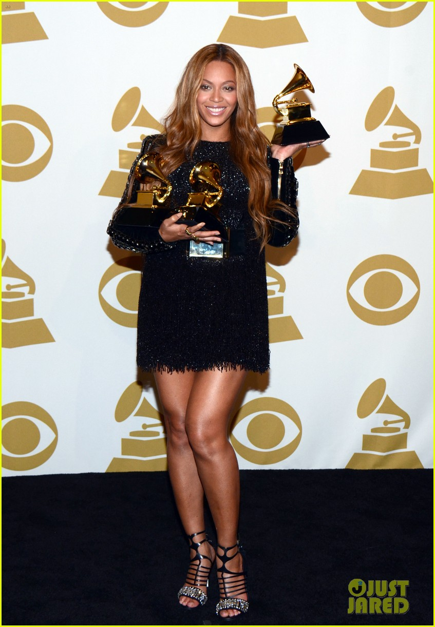 Robe beyonce grammy awards