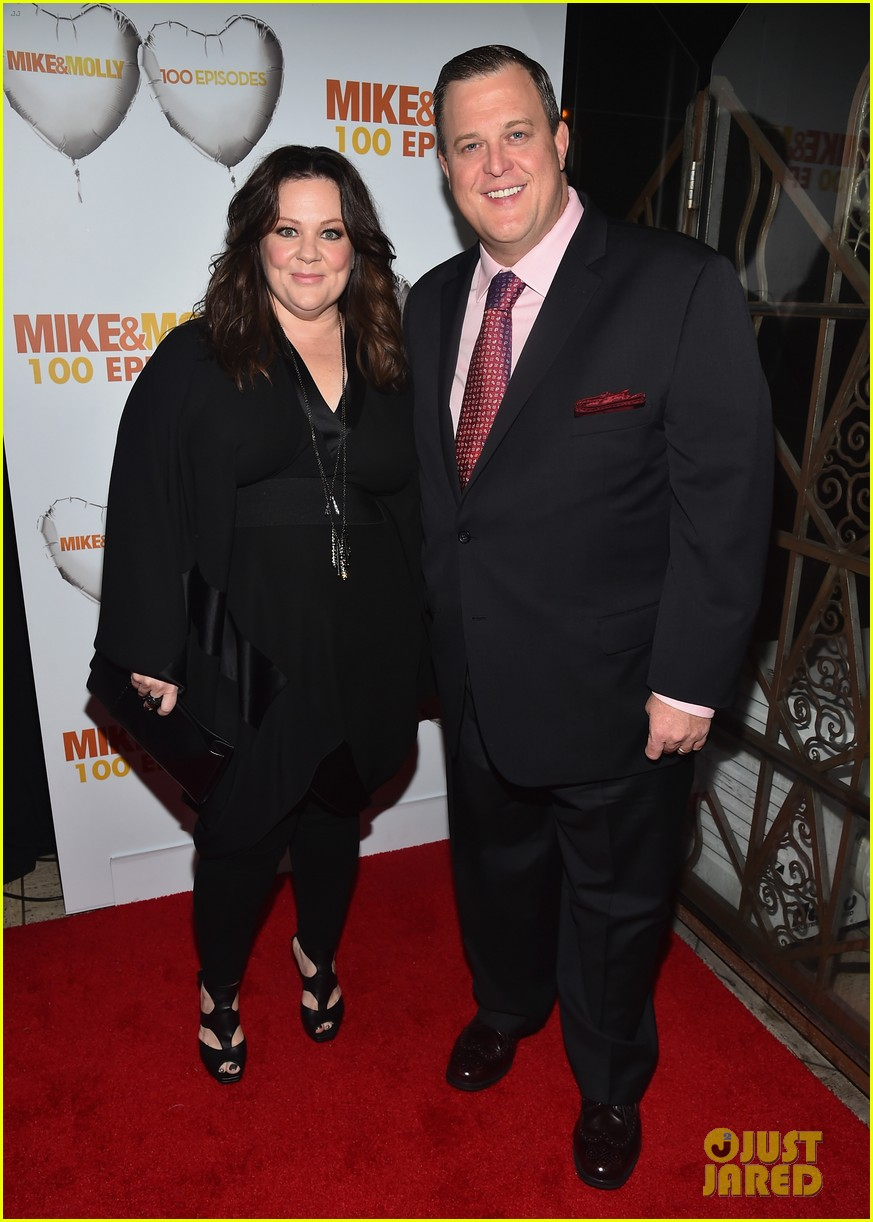 melissa mccarthy billy gardell celebrate mike molly 100th episode 013294005