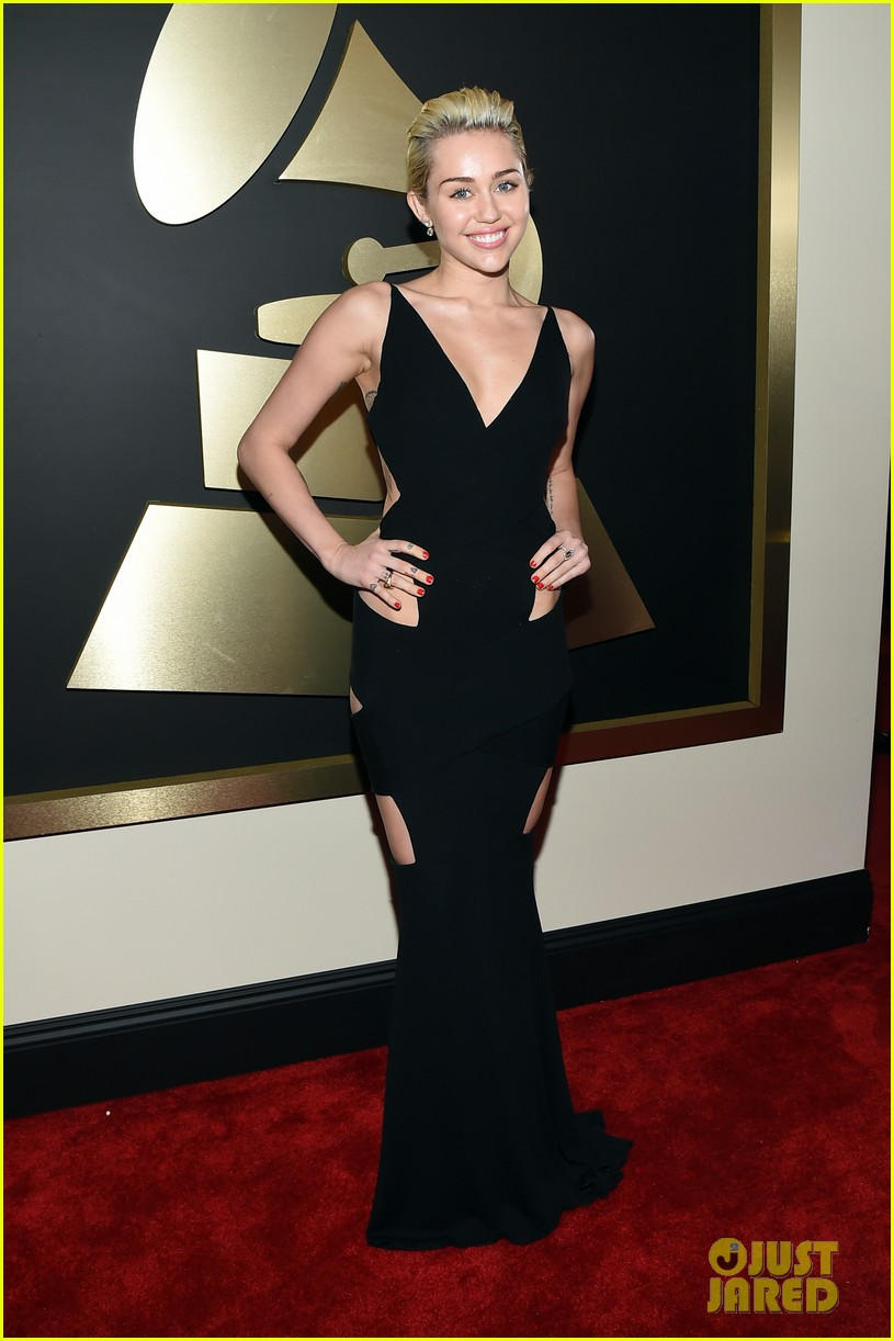 Miley Cyrus Shows Some Skin at the Grammys 2015Miley Cyrus Grammys 2013