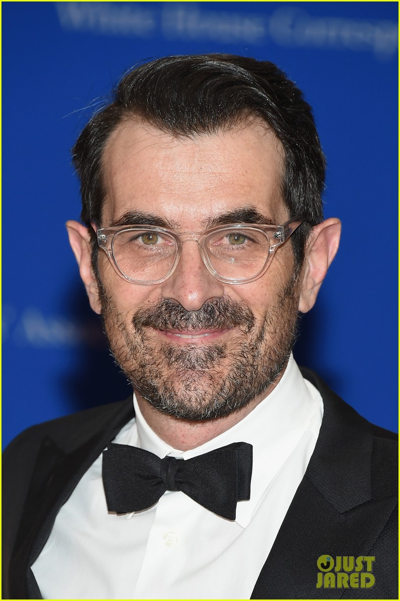 The Modern Family Cast Takes on the WHCD 2015 Photo 3355774