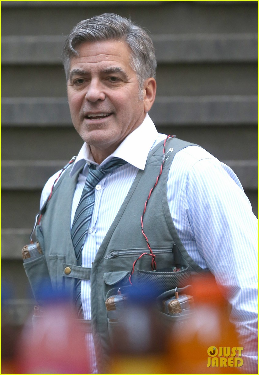 George Clooney Walking Around New York City In A Suicide Vest While Filming 'Money Monster' Friday, 24th April 2015 George-clooney-bombs-strapped-to-chest-01