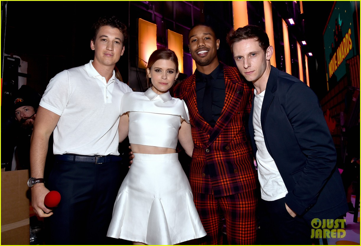 http://cdn03.cdn.justjared.com/wp-content/uploads/2015/04/fantastic-mtv/fantastic-four-mtv-movie-awards-2015-14.jpg