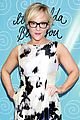 julianna margulies neil patrick harris couple up at it shoulda been you 25
