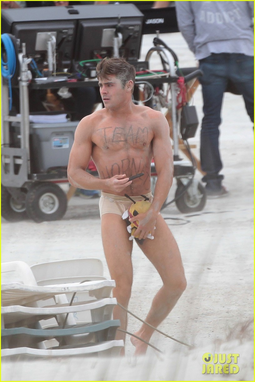 Zac Efron Naked 114