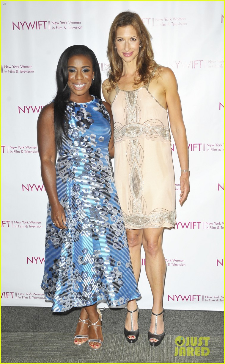 uzo aduba oitnb cast honor makeup hair costume designers 043380885