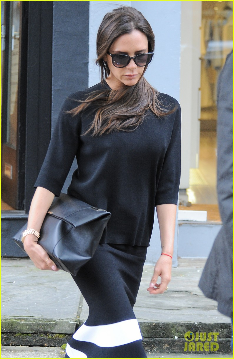 victoria beckham pens essay about motherhood 083366855