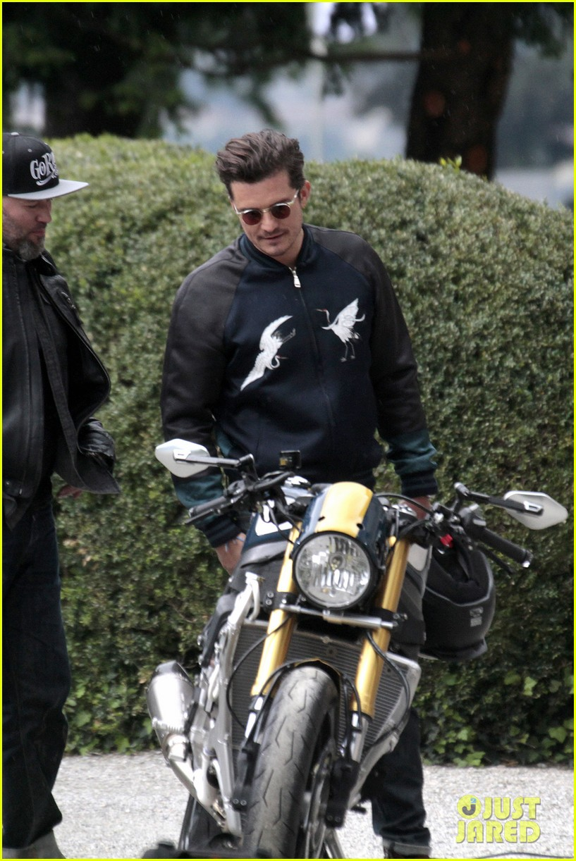 Full Sized Photo of orlando bloom promotes custom bmw ... Ben Affleck