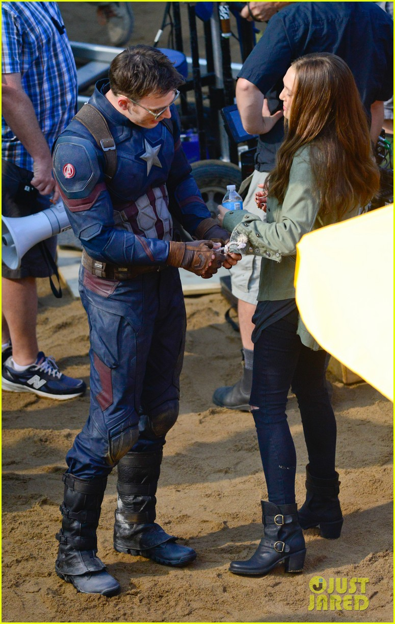 Franchise Marvel/Disney #3 Captain-america-civil-war-cast-had-great-time-on-set-19