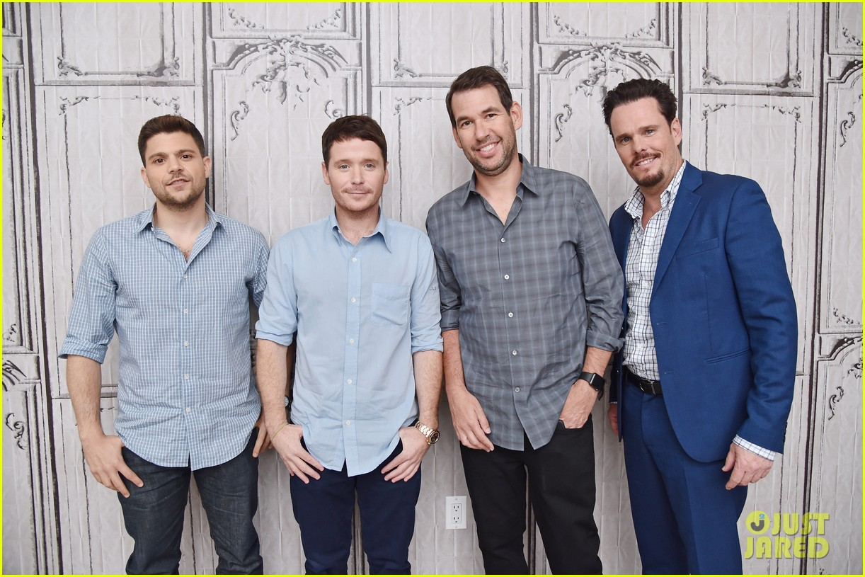 entourage cast creator doug ellin are not worried about critics 083379189