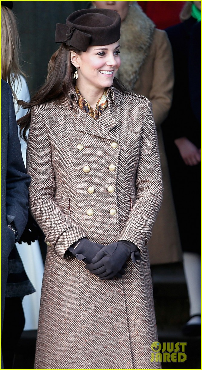 kate middleton gives birth prince william second child 063360454