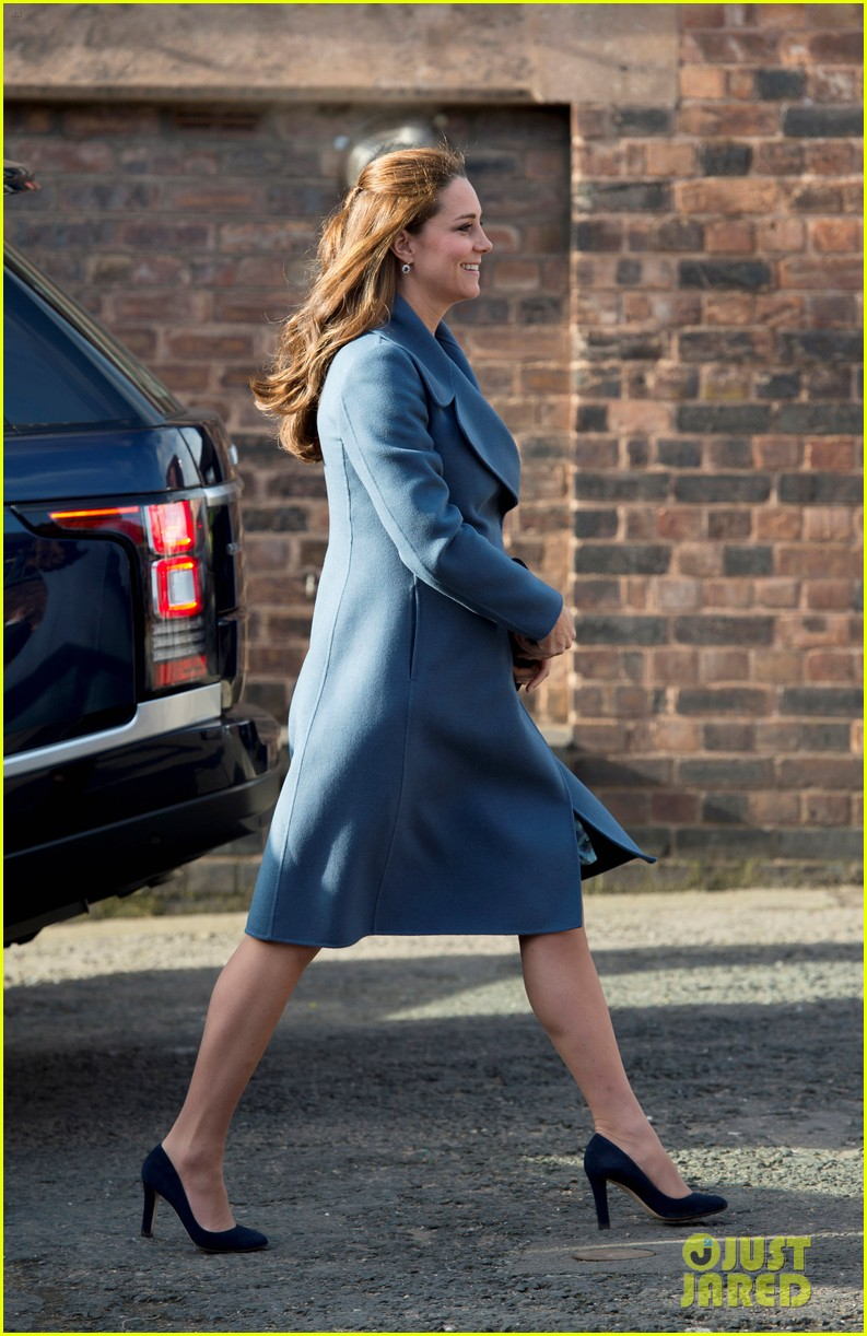 kate middleton gives birth prince william second child 133360461