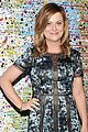 amy poehler helps honor the somoza family at pure vision 04