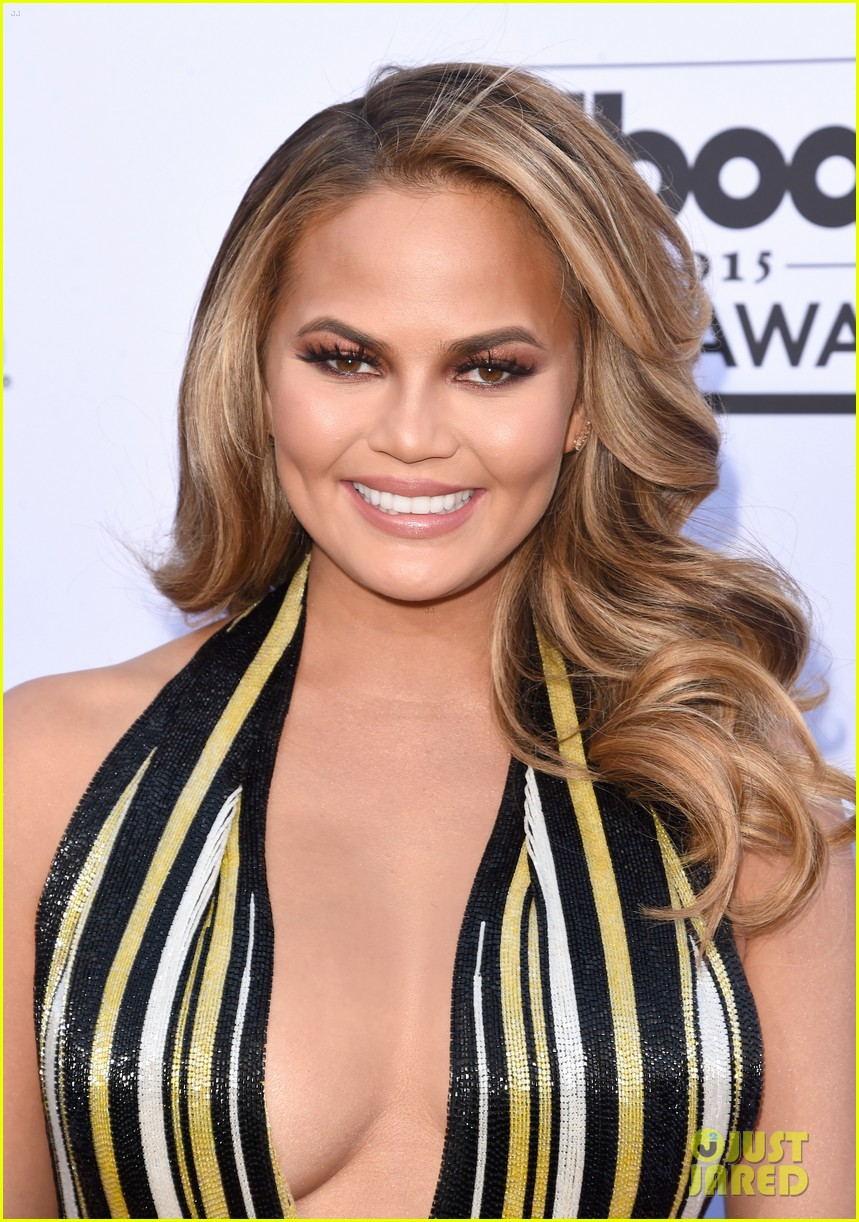 chrissy teigen john legend billboard music awards 2015 043372090