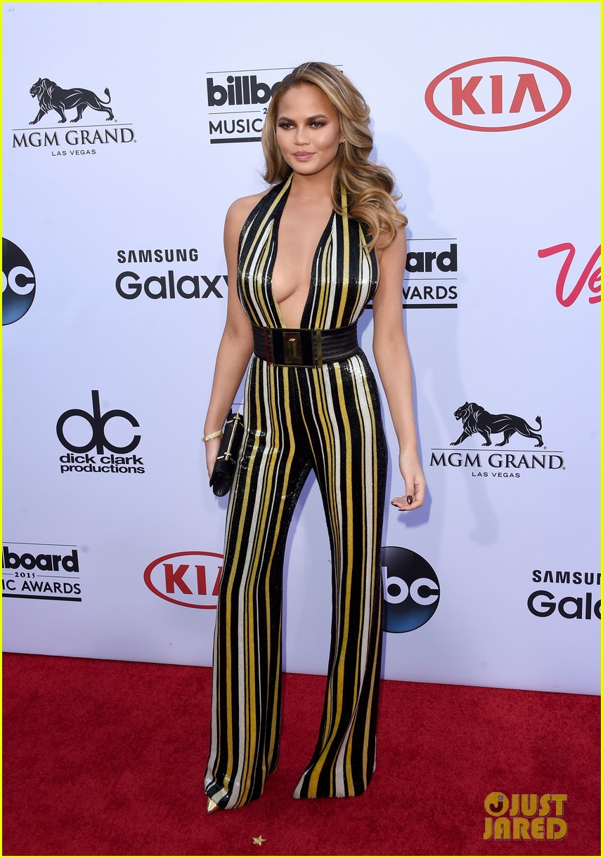 chrissy teigen john legend billboard music awards 2015 123372098