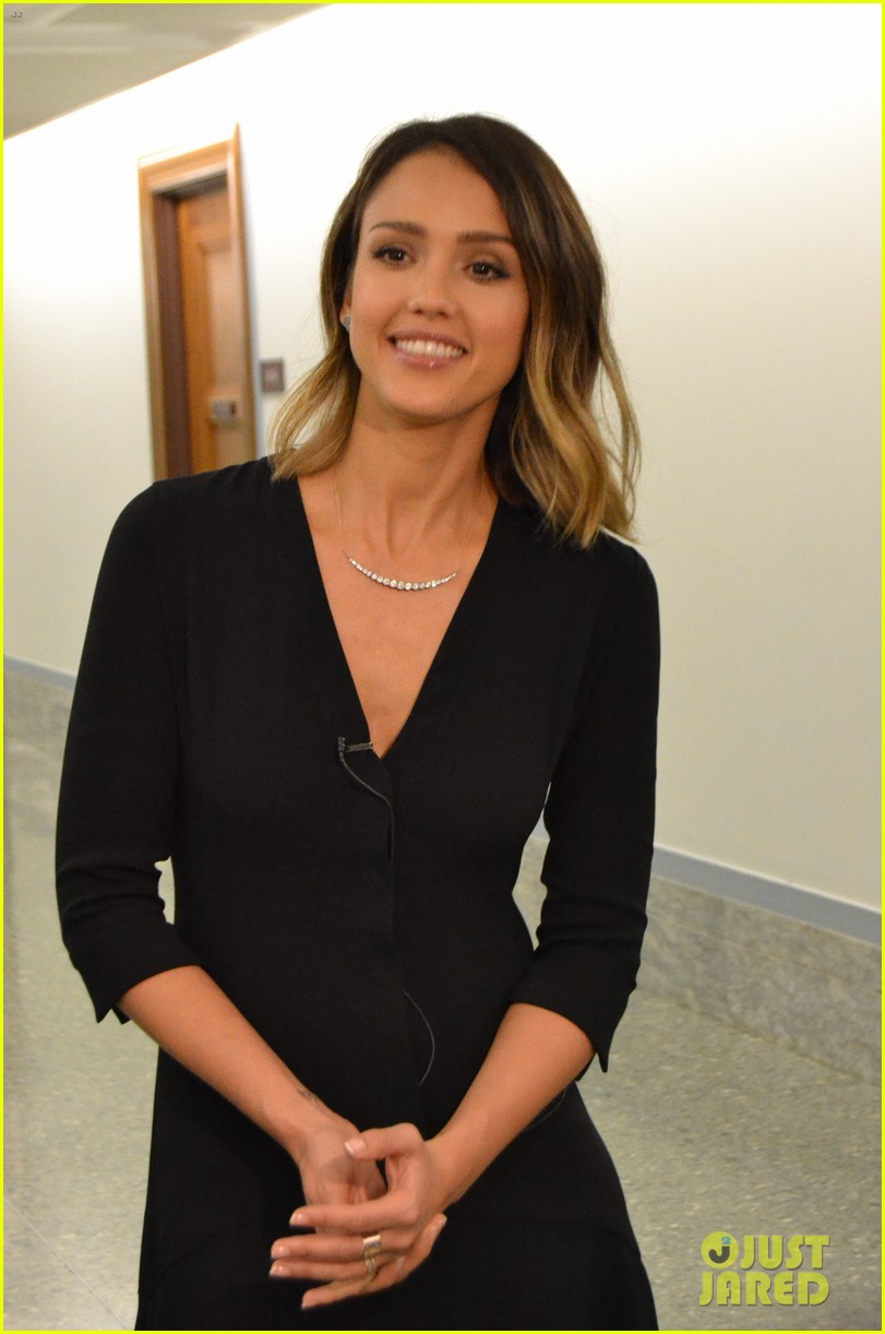 jessica alba urges lawmakers for more chemical protections 01
