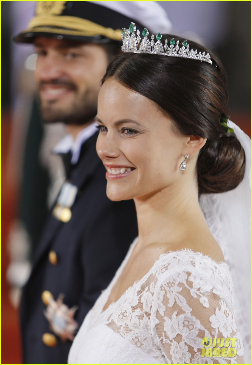 prince carl philip sofia hellqvist wedding 10