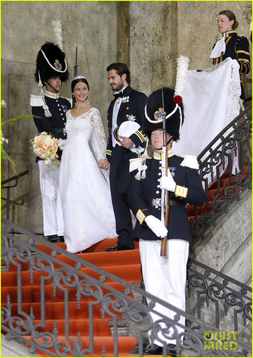 prince carl philip sofia hellqvist wedding 23