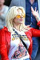 lady gaga flaunts concave tummy not that thin 17