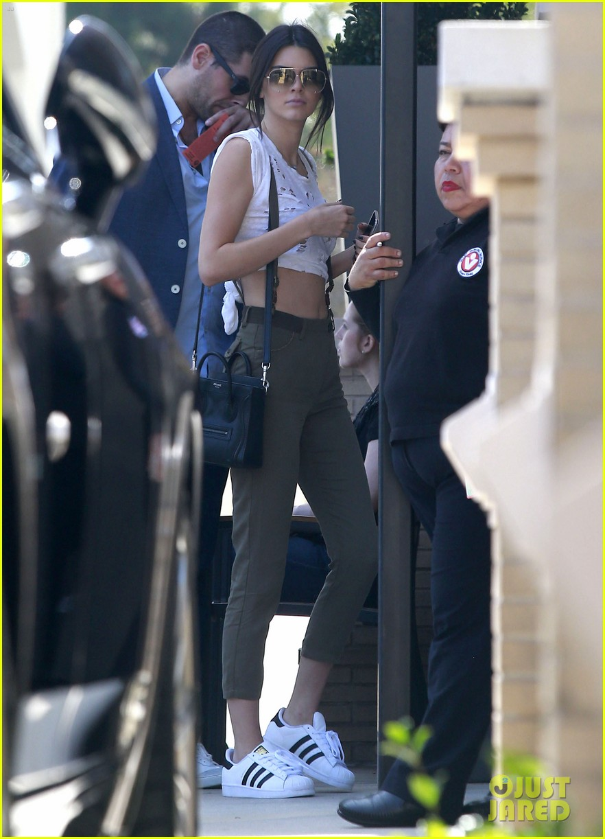kendall jenner gets in retail therapy after china trip 073393459