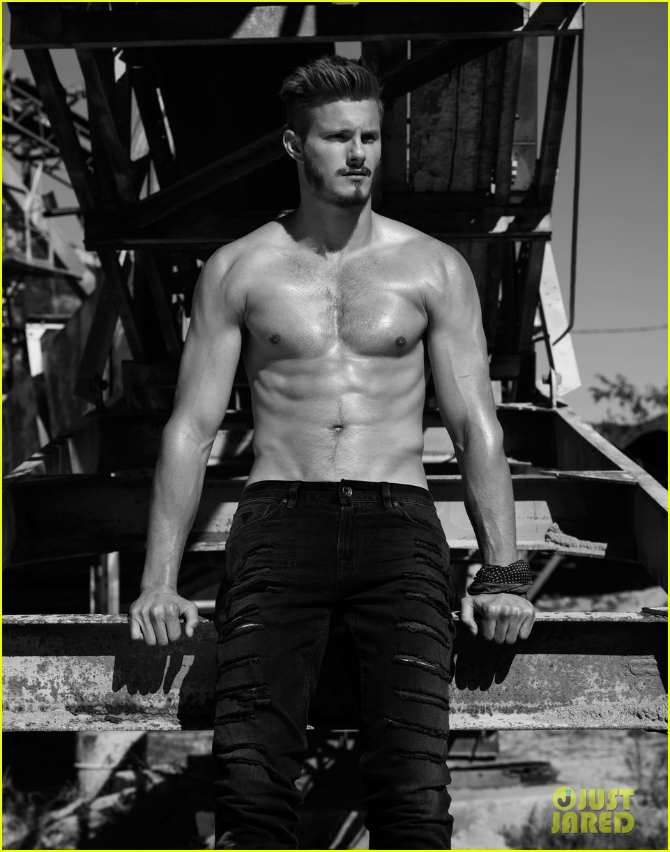 alexander ludwig flaunt shirtless underwear 03