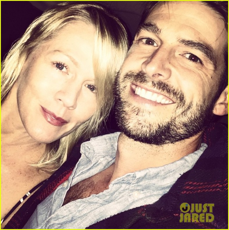 david abrams dating jennie garth Jennie garth and her actor boyfriend dave abrams were married saturday night in a small ceremony, the couple confirmed to people magazine calling it the perfect night, they said they were .