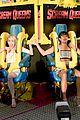 emma roberts lea michelle 2015 comic con ew party 16