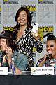 agents shield casts flash arrow ew comic con party 01